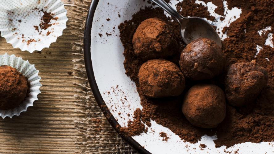 Double Chocolate Mint Energy Balls