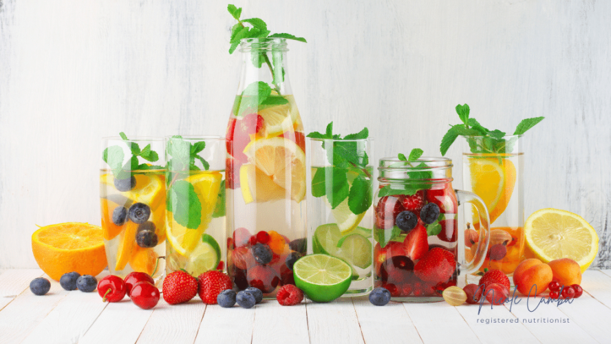 4 Types of Detox Water for Your Skin